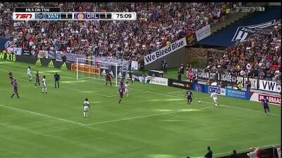 Alphonso Davies aprovecha el rebote y sólo frente al portero quema las redes, Vancouver 2-1 Orlando