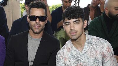 En compañía de Ricky Martin, Joe Jonas se encuentra con su ex poco antes de su segunda boda con Sophie Turner