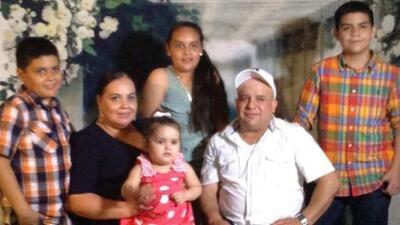 Lucha a contrarreloj para detener la deportación de la madre indocumentada de cuatro hijos en Ohio