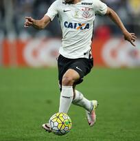 Corinthians empató con Figueirense y se mantiene en segundo en Brasil