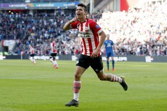 En fotos: el 'Chucky' Lozano vuelve a celebrar un gol contra Feyenoord en la Eredivisie