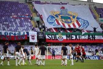 Se acabó la ilusión: pocos fanáticos llegaron al Bin Zayed Stadium para ver a Chivas y Esperance