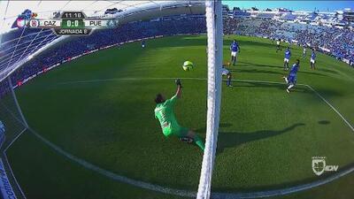 Tremendo error de Francisco Torres y Puebla dejó ir el 1-0