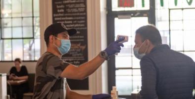 Filadelfia reanudará servicios en interiores de restaurantes a partir del sábado con algunas restricciones