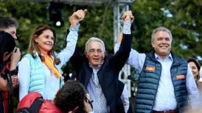 Elecciones en Colombia: Iván Duque, el candidato que arrastra lo mejor y lo peor del expresidente Uribe
