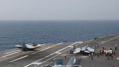 EEUU despliega portaaviones y bombarderos en el Medio Oriente como advertencia a Irán