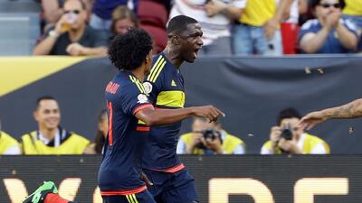 El gol de Cristian Zapata fue el mejor homenaje para el 'Caballero'