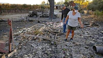 Labor titánica de los bomberos logra sofocar 84% del incendio en el norte de California