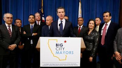 Un comité especial y $1,000 millones: la apuesta para enfrentar la crisis de indigencia en California