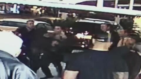 Revelan nuevo video de una pelea dentro del restaurante Versailles en la Pequeña Habana