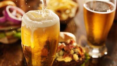 Estudio asegura que los hombres que toman cerveza son más viriles
