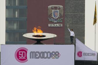 Después de 50 años se reencendió el fuego Olímpico en recuerdo de México 68