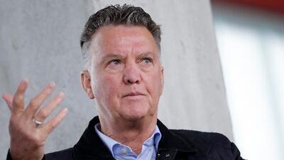 Deja los banquillos para siempre: Louis Van Gaal anuncia su retirada