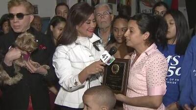 Fundador de la organización El Puente recibe el reconocimiento 'Ángeles del 41' por su trabajo en la comunidad