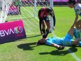 Portera de Santos se desvanece en el campo, tras golpe en la cabeza