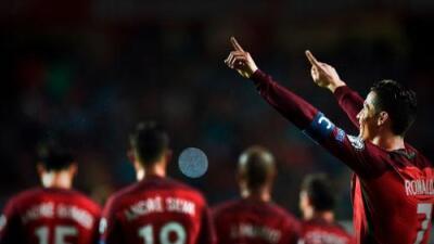 Cristiano alcanzó 70 goles con Portugal y mantiene a Portugal en la pelea por Rusia