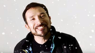 Luis Manuel le canta a los Reyes Magos al ritmo de la Sonora Santanera