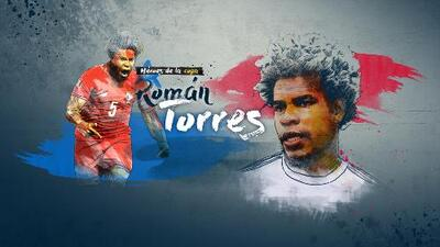 Román Torres Gold Cup Soccer Player