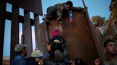 En un minuto: La caravana se desarma poco a poco y los migrantes toman diferentes rumbos