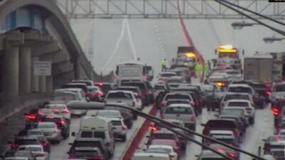 Aparatoso accidente de tránsito cobra una vida y provoca cierres en la autopista I-95 de Miami