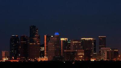 Houston vivirá una noche de lunes sin lluvias y algo nublada luego del mal tiempo que azotó la región