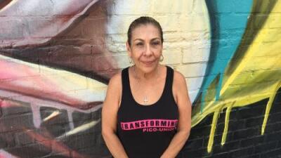 """""""Me han querido matar tantas veces que ya perdí la cuenta"""": el peligroso oficio de la 'Mamá' de los pandilleros"""