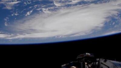Toda la costa este de Florida en suspenso ante la llegada de Dorian como un poderoso huracán