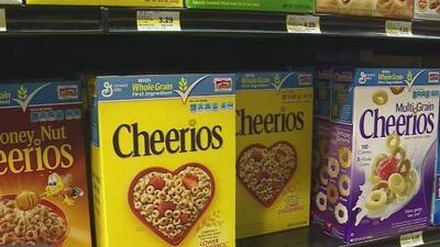 Hallan rastros del herbicida glifosato en el cereal Cheerios y en barras de granolas