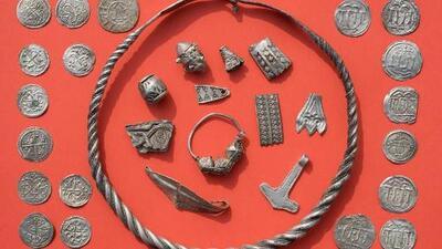 Un niño de 13 años descubre un tesoro enterrado que pudo pertenecer a un rey vikingo
