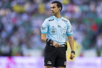 Un mexicano está entre los mejores 20 árbitros del fútbol mundial