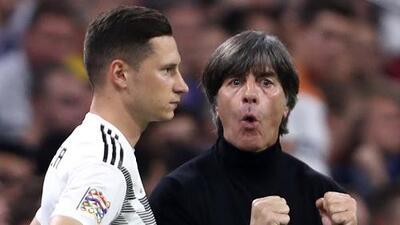 Julian Draxler cree que Joachin Low merece quedarse en la selección de Alemania