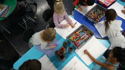 Escuela primaria Burnet de Houston ofrece programa bilingüe para este regreso a clases
