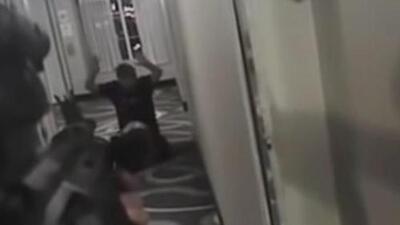 Imágenes fuertes: Así mató un policía a un hombre desarmado en Arizona