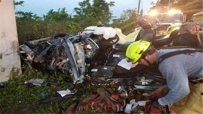 Así fue el dramático rescate de un conductor que quedó atrapado en su auto tras un aparatoso accidente