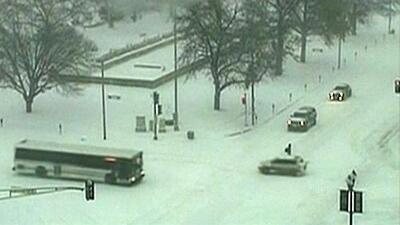 El pronóstico del clima es alarmante. Nieve y fuertes vientos se esperan a lo largo del país
