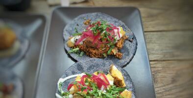Los 11 restaurantes mexicanos en Los Ángeles que conquistaron al único crítico de cocina con un Pulitzer