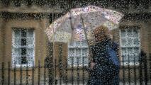Lluvias pasajeras y temperaturas frescas: lo que le espera a Chicago este sábado