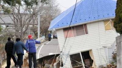 Tsunami en Japón causó cientos de muertos