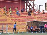 Costa Rica reanuda su liga de futbol con gol incluido