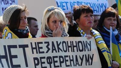 Ucrania disuelve el legislativo de Crimea