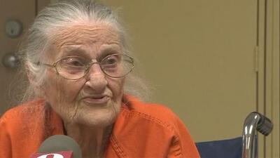 Arrestan a una mujer de 94 años por no pagar la renta de la residencia de ancianos