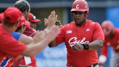 """Trump cancela acuerdo entre las Grandes Ligas y Cuba por considerarlo """"tráfico humano"""""""