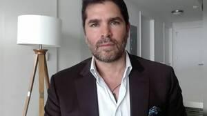Eduardo Verástegui aclara rumores sobre Ricky Martin, el celibato y por qué viajó con Peña Nieto en el avión presidencial