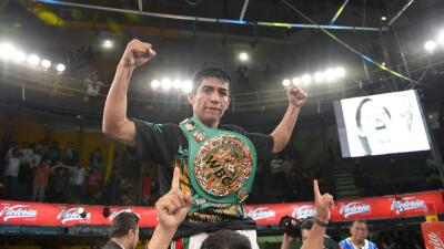 Ganigan López peleador del mes en el CMB