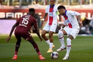 Con doblete de Kylian Mbappé y gol de Mauro Icardi, PSG logra vencer 1-3 mets y aseguran tres valiosas unidades.