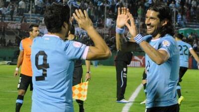 """Abreu: """"Si hubiera jugado al lado de Messi, llevaría 800 goles"""""""
