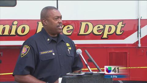Bomberos de San Antonio abre al público el escenario de un mortal incendio