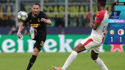 Con lo justo, Inter salvó un punto ante Slavia Praga en Milán