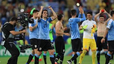 Uruguay anuncia lista de convocados con dos 'mexicanos'