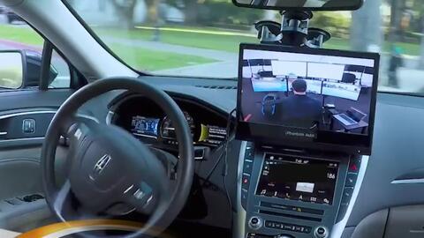 Así se siente conducir un vehículo autónomo por las calles de Sacramento